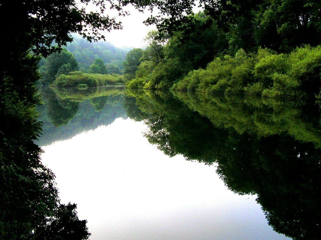 Fluss Doubs